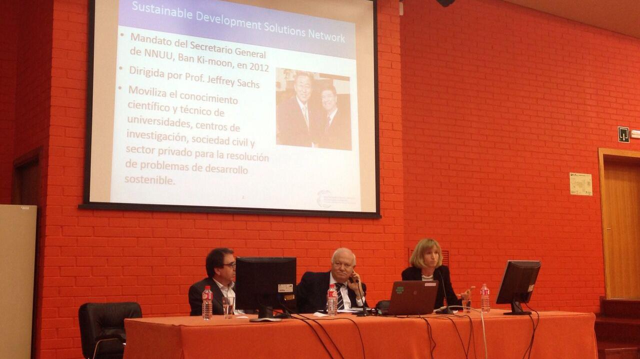 Presentación de REDS a la CRUE por MIguel Ángel Moratinos
