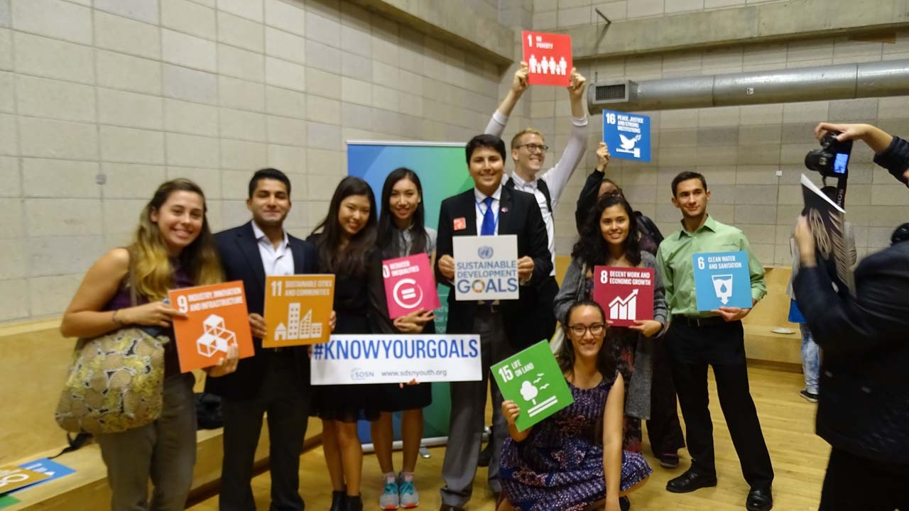 youth-with-sdgs-16-9